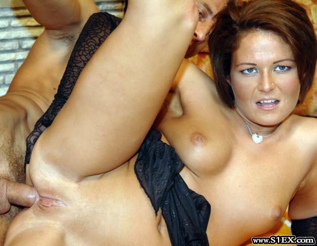 Hortobágyi Mónika MILF nő pornózik a Szexplázában