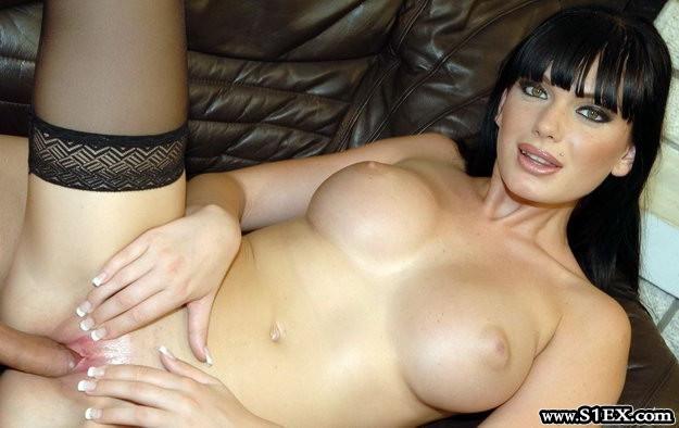 Óhidi Zsuzsanna pornós lány