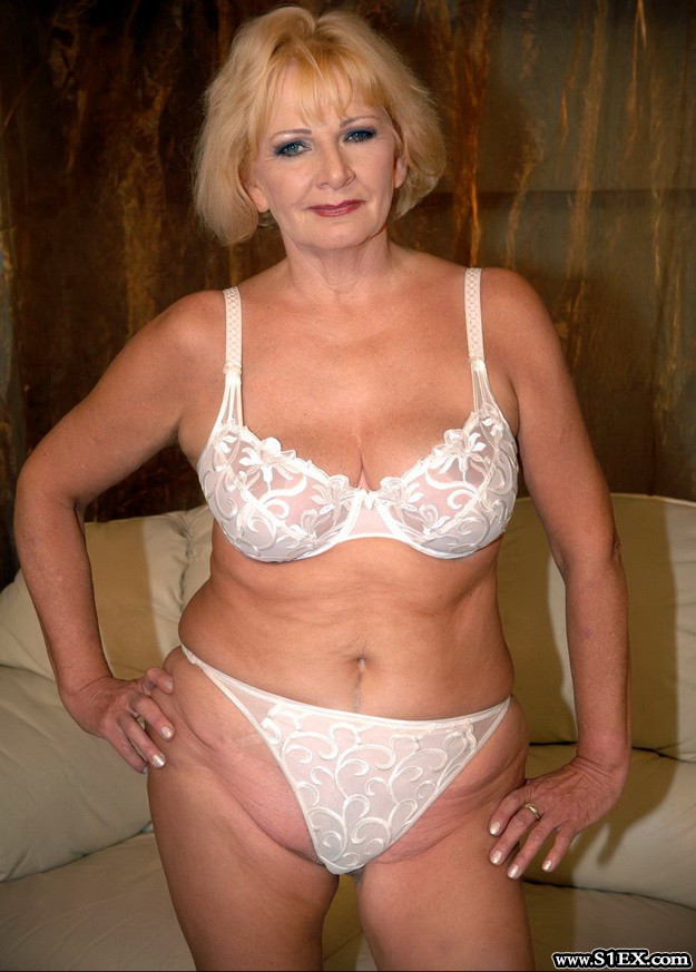 Saly-Gundel-Katalin-szex