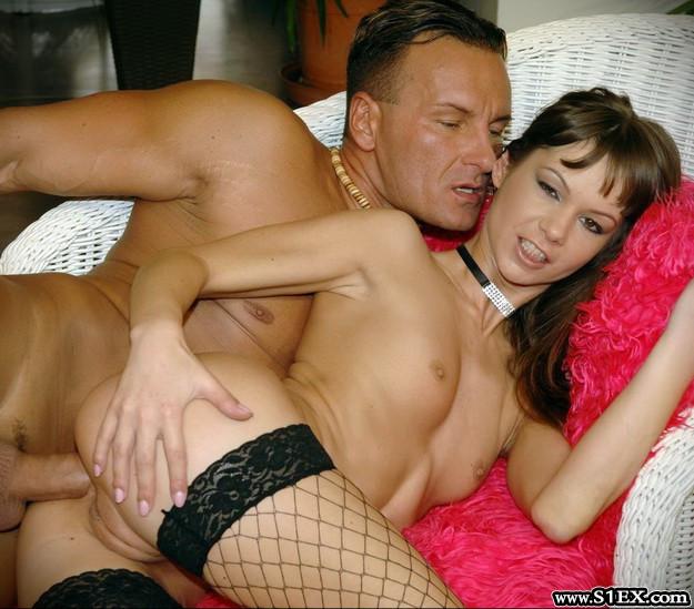 acsai-nikoletta-analsex-szexplaza