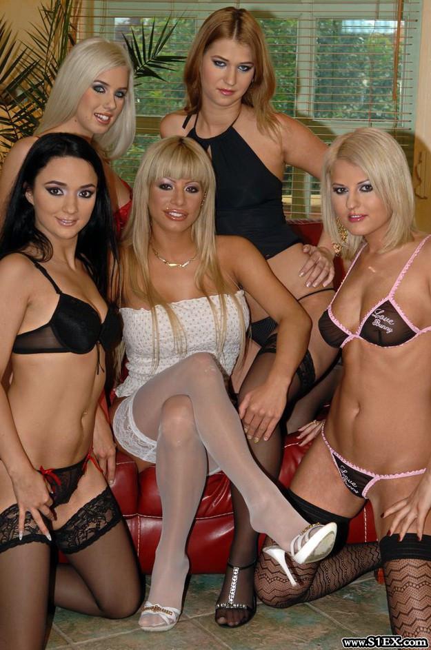 magyar-pinak-a-szexplazaban-pornoznak