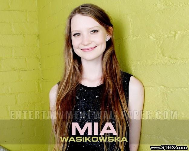 mia_wasikowska