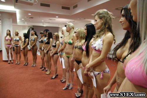 Magyar ribancbázis: modellek, celebek, szépségkirálynők és jelöltek