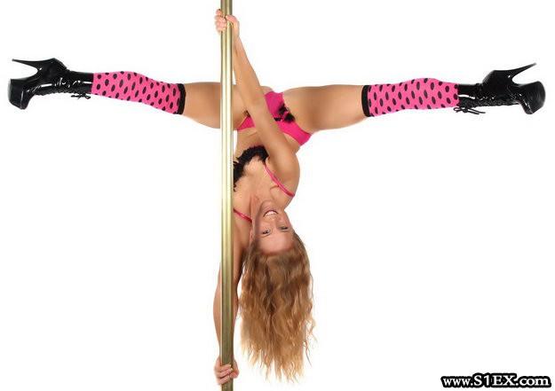 pole_dance_girl
