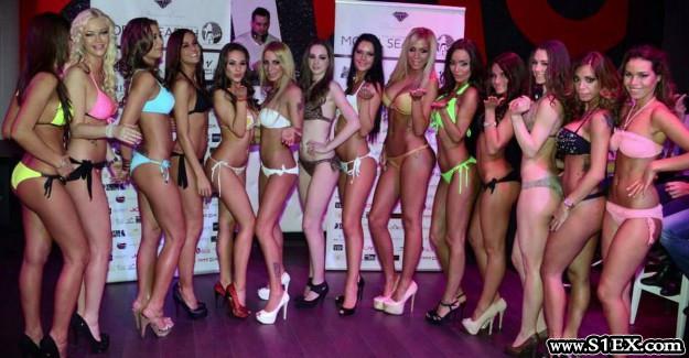 bikini_versenyen_magyar_pinak