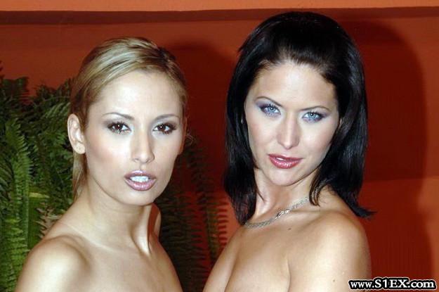 Lorinczi-Anett-es-Iscusitu-Cristina-lezbi-sex